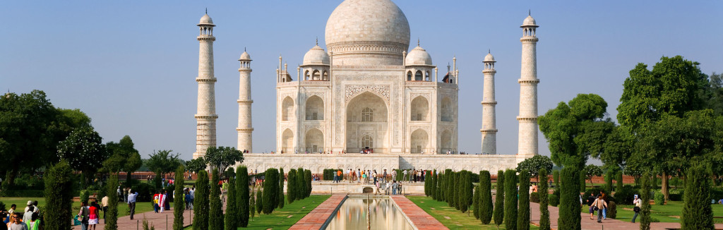 India_TajMahal_Hero03