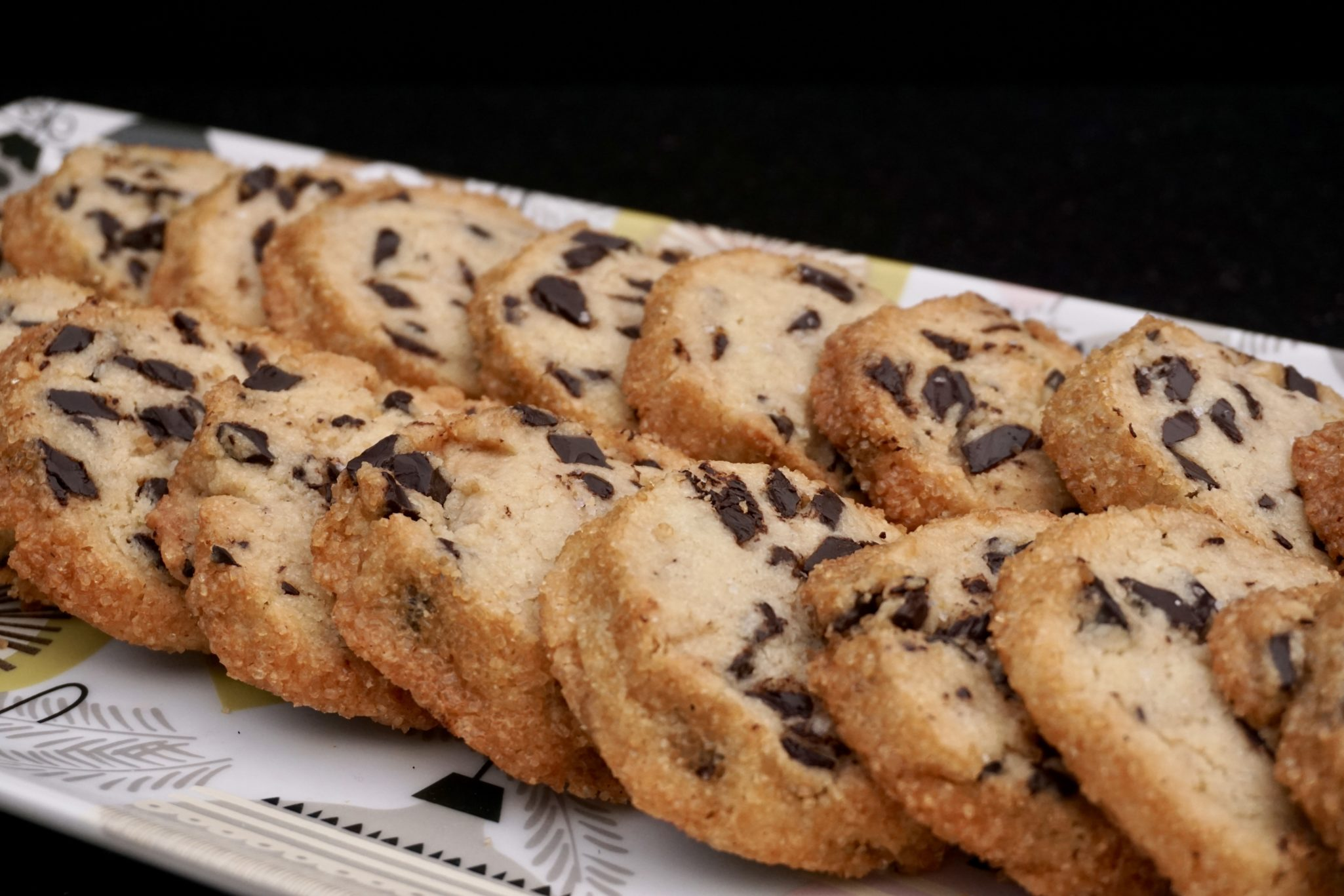Salted Butter & Chocolate Chunk Shortbread (New Year's Resolution #2: Finish 12 Days of Cookies)