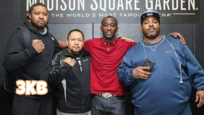 (left to right) Red Spikes, Terence Crawford, Esaú Diéguez, Brian McIntyre