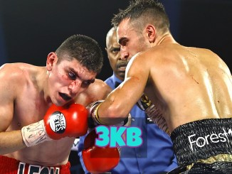 Jason Moloney lands a left hook on Leonardo Baez