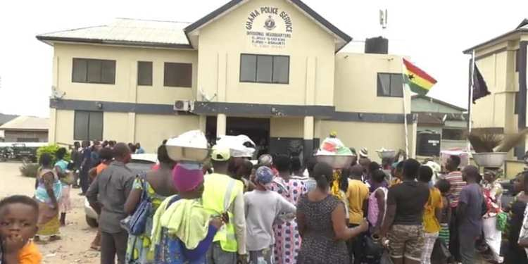 Some residents besieged the Police station after the man was rescued
