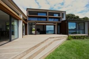 Hahei Beach House by McCoy