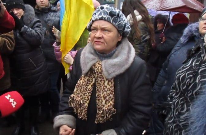 """Крик із Донбасу: """"Поверніть нам українське телебачення!"""""""