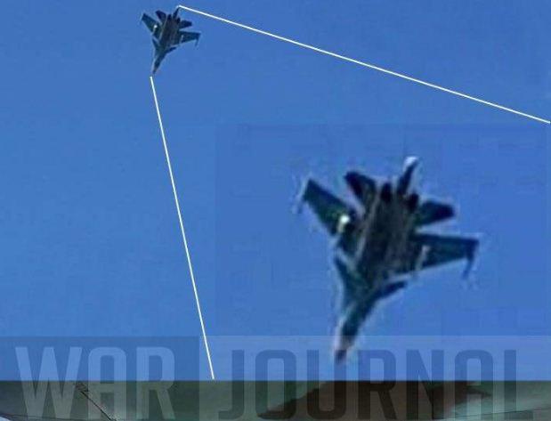 У небі над Латакією (Сирія) помічені російські бомбардувальники Су-34 з протикорабельними ракетами.