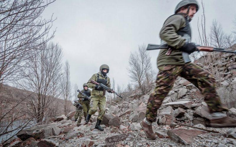 Під Докучаєвськом знищено 17 бойовиків