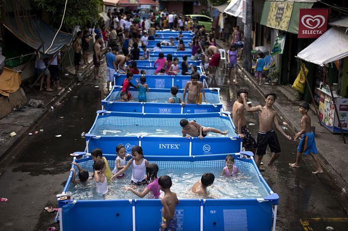 Ідея для Львова: портативні басейни