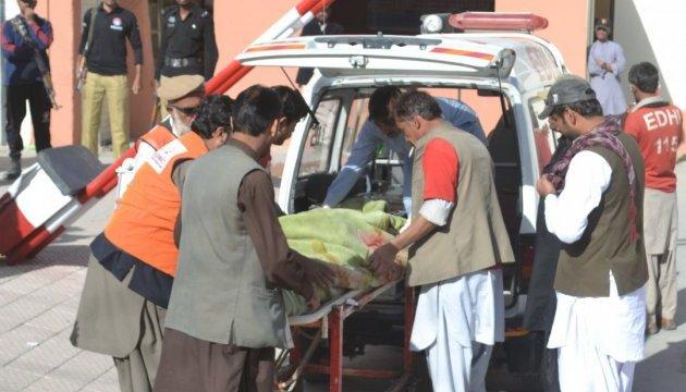 Жертва спеки у Карачі