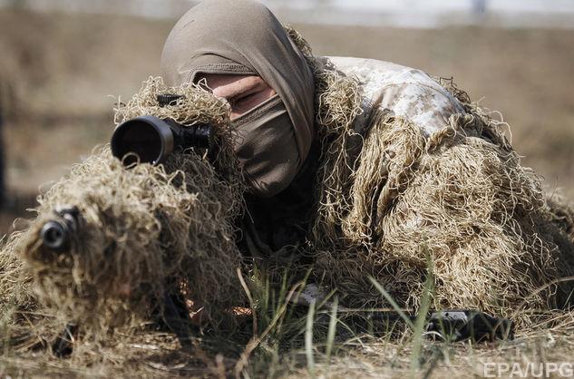 Снайпер на позиції