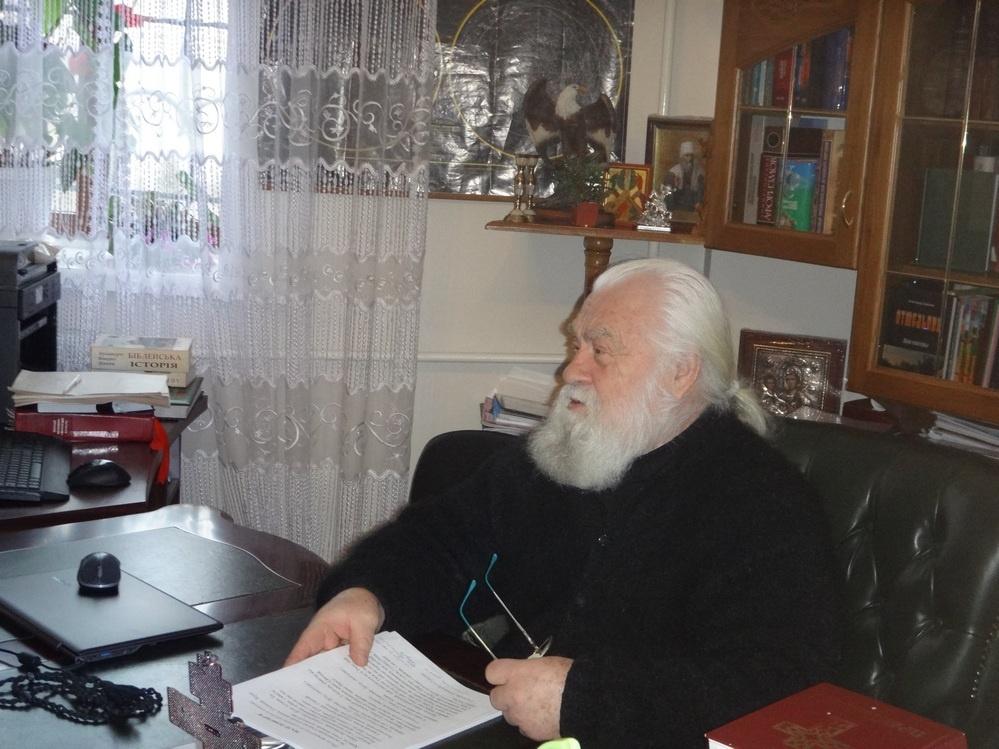 Митрополит УПЦ (МП) Софроній: Нехай хоч Путіну моляться