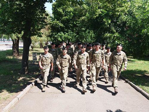 Група морських піхотинців влаштувала демарш перед Порошенком