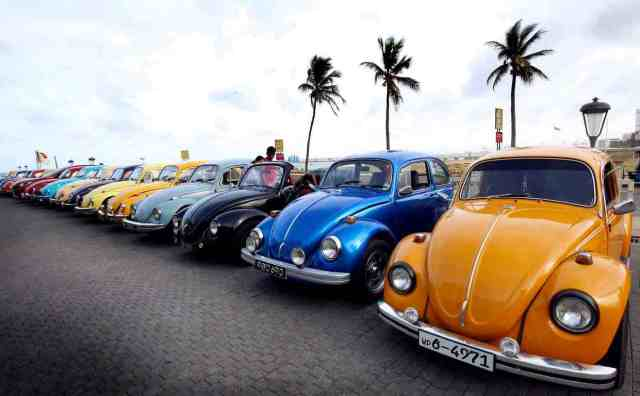 Класичні і спеціально виготовлені Volkswagen Beetles