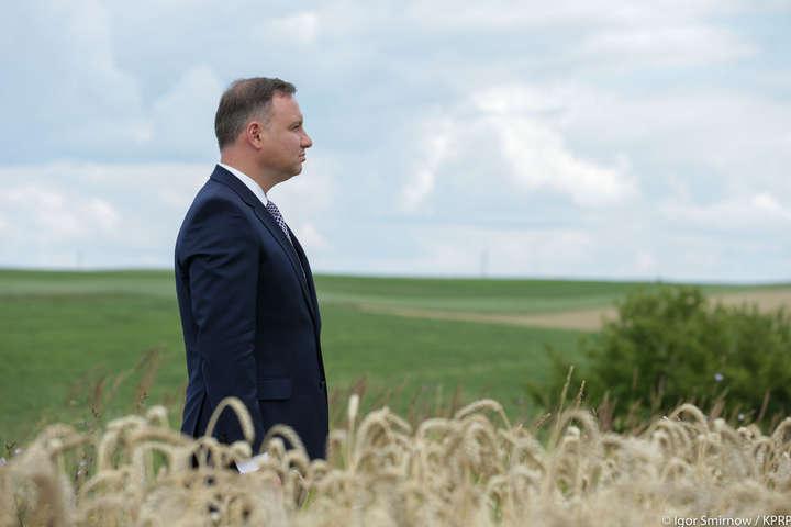 Президент Дуда зневажив вшанування пам'яті громадян Польщі
