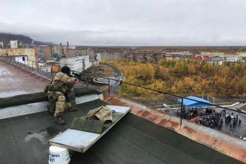 Московського патріарха супроводжує снайпер - фото