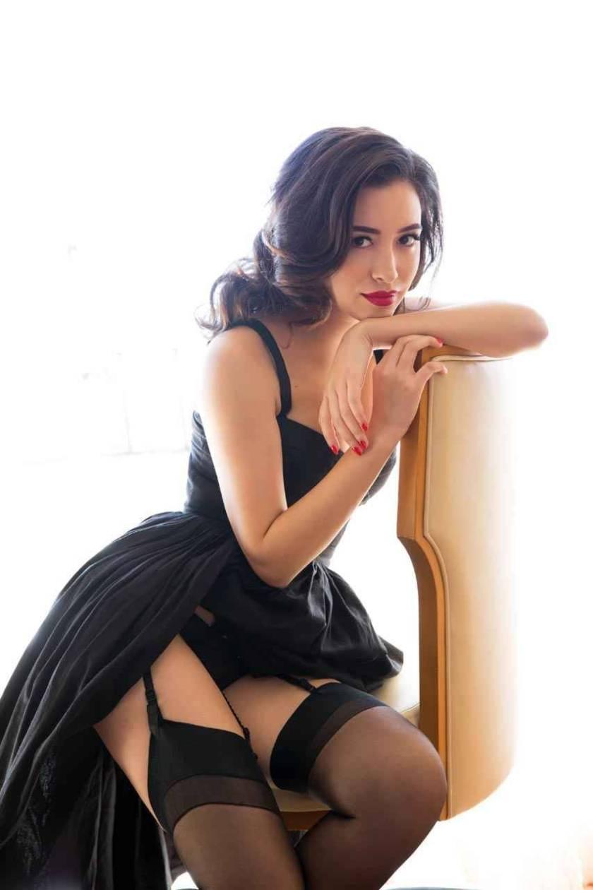 Крістіан Серратос — американська акторка