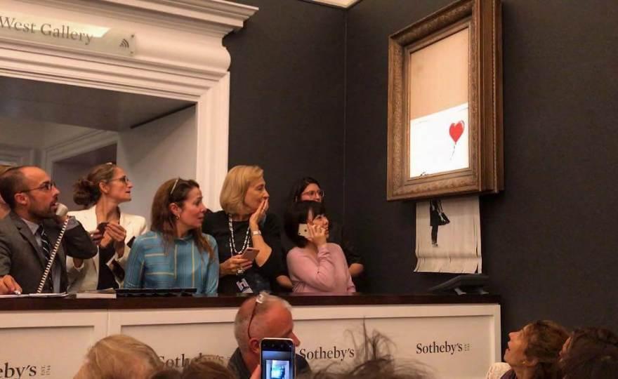 Картина Бенксі відразу самознищилась після продажу за $1,4 млн