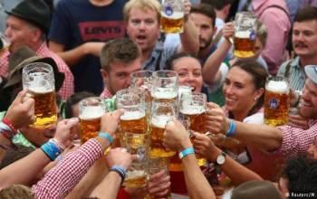 Випито 7,5 мільйона літрів пива. Про Октоберфест-2018