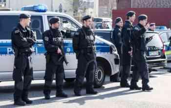 Хайль Гітлер! У Німеччині викрито змову військових-неонацистів