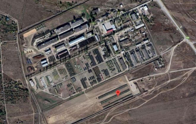 Сотні танків на кордоні України - фото Google Earth