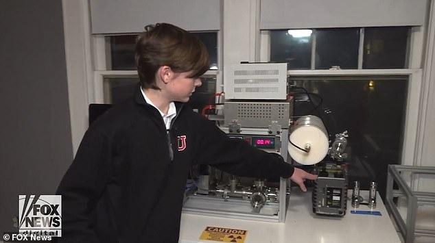 Джексон Освальт з Мемфіса вважається наймолодшою людиною, яка створила діючий термоядерний реактор
