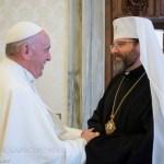 Папа Франциск запевнив, що молиться за Україну