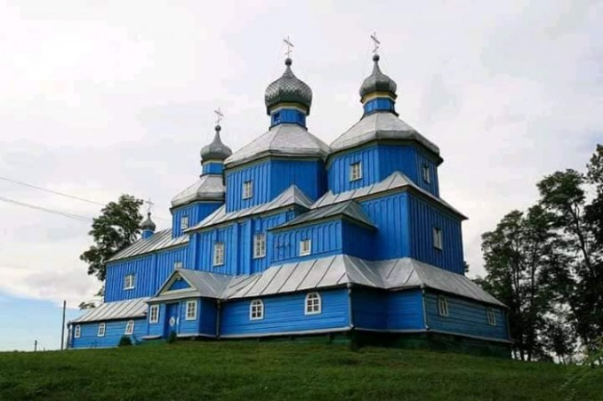 Церква у селі Старий Кривин
