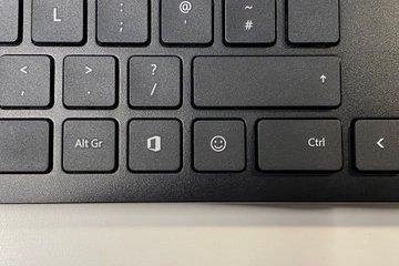 Microsoft випустила нову клавіатуру з додатковими клавішами