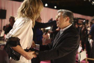 Директор з маркетингу компанії L Brands, якій належить Victoria's Secret - Ед Разек