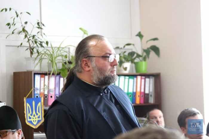 Священнослужитель Олексій Шаран