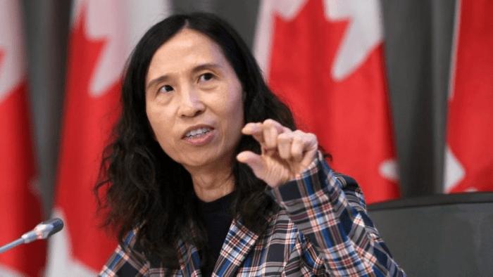 Сексом слід займатися у масці - головний санітарний лікар Канади