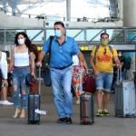 """Нова """"іспанка"""": Європейці масово хворіють мутованим штамом коронавірусу"""