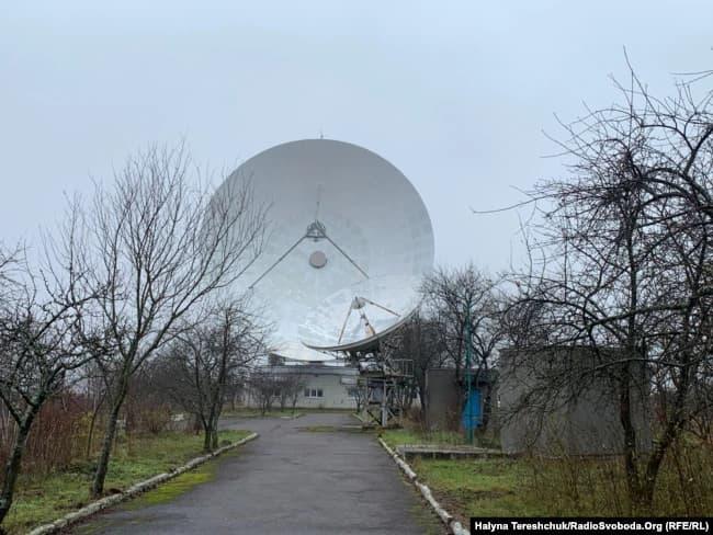 Із космоцентру в Золочеві відправили радіосигнал до сусідньої зірки