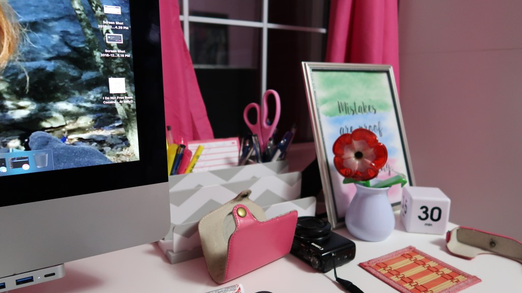Healthy Living At Your Desk