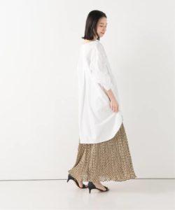 【プリーツスカート×シャツ】