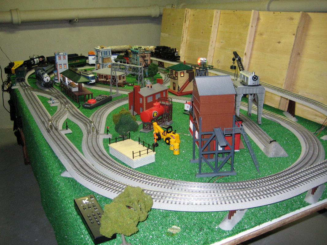 Fastrack 2 Train 4 X 8 Layout