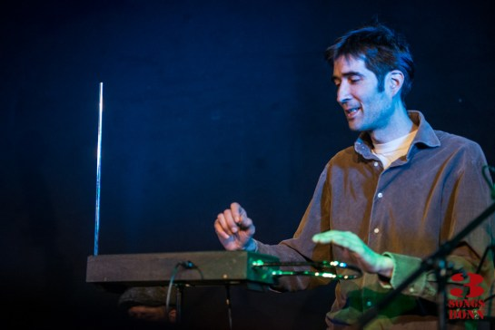 Farsin Chaidi on Theremin!