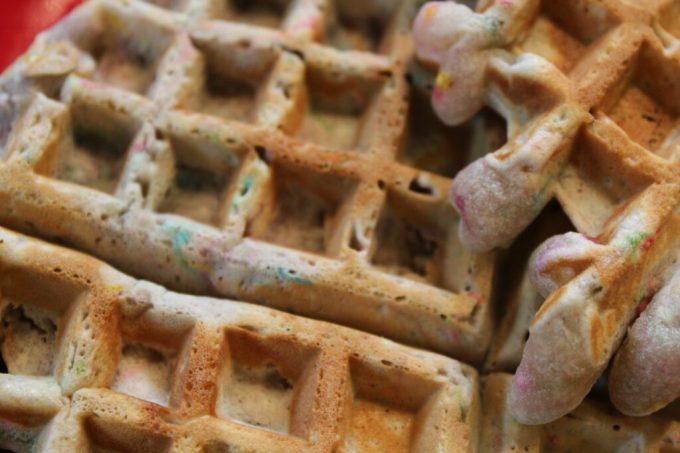 Cake Batter Waffles: 3ten.ca