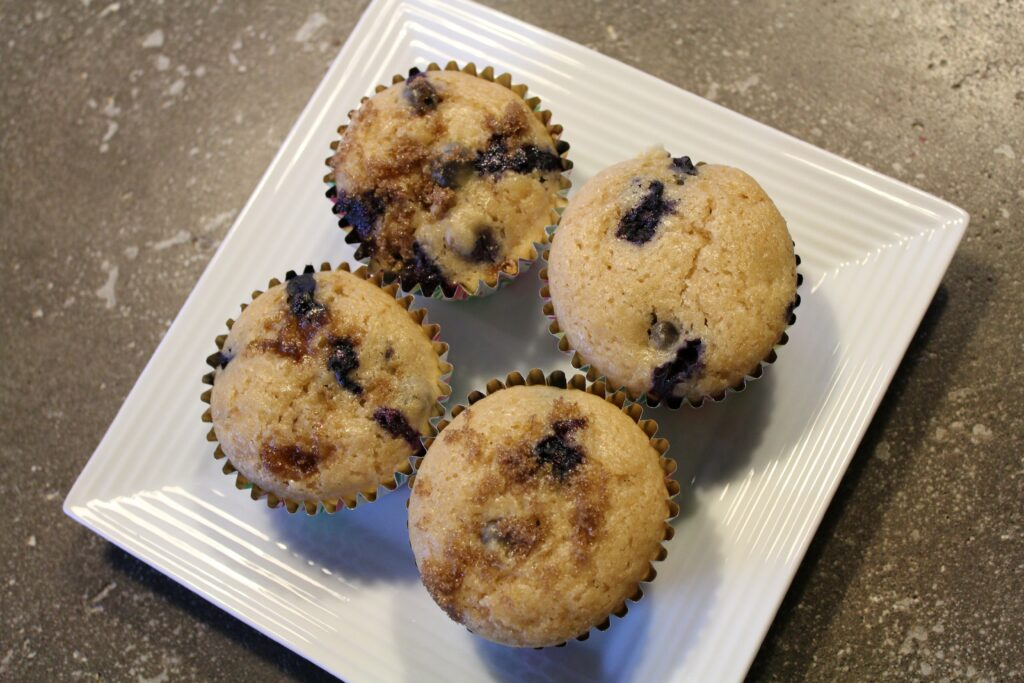 Blueberry Buttermilk Muffins: 3ten.ca