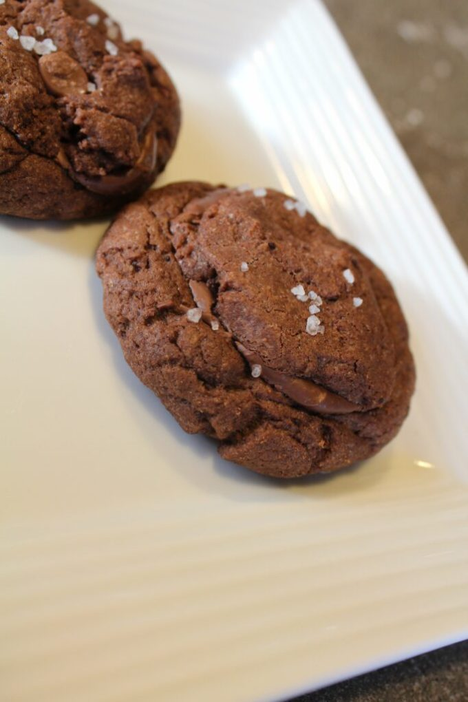 Carmel Stuffed Chocolate Cookies: 3ten.ca #cookies #baking