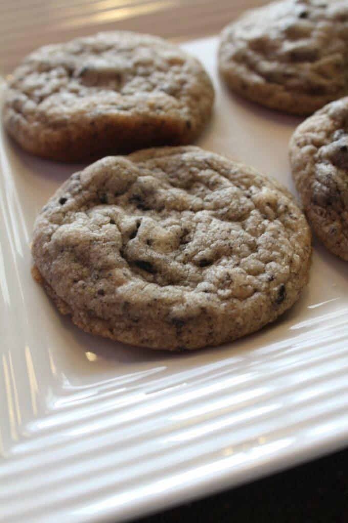 Cookies n' Cream Cookies: 3ten.ca #cookies #oreo #baking