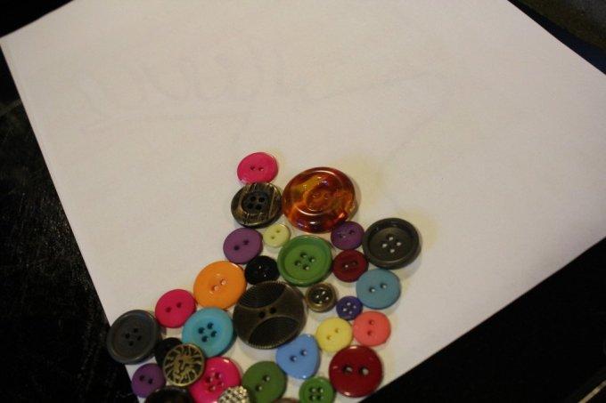Button Art: 3ten.ca #button #art