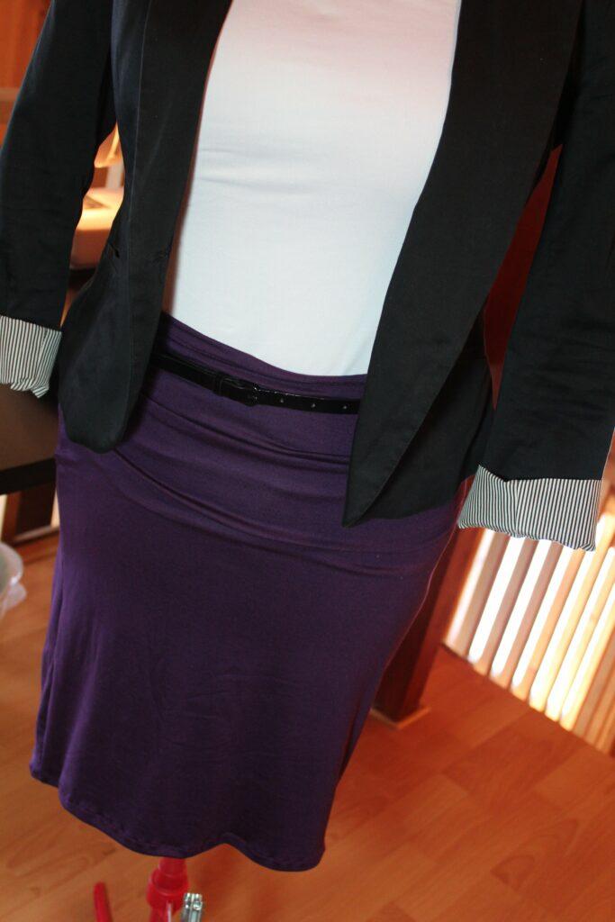 Pencil Skirt: 3ten.ca