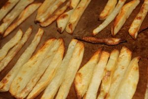 Homemade Baked Fries: 3ten.ca