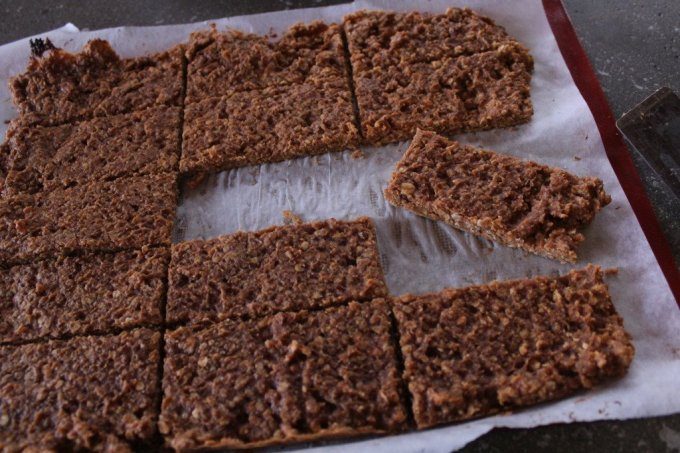 Pumpkin Spiced Protein Bars: 3ten.ca #protein #breakfast #eathealthy