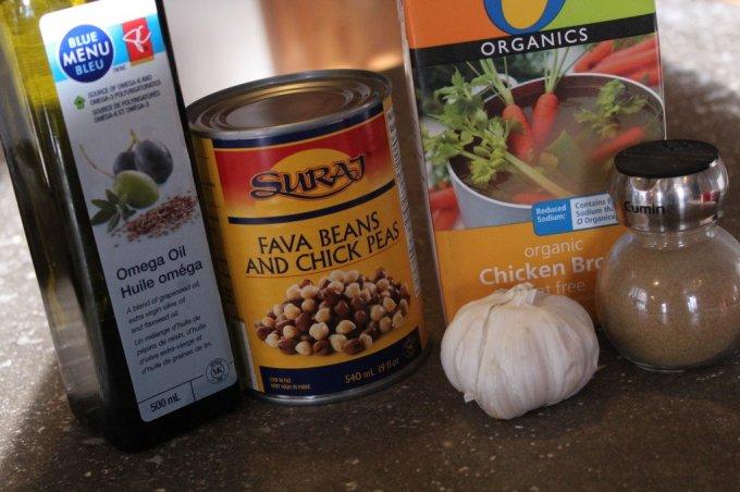 Fava Bean Hummus: 3ten.ca #hummus #eathealthy