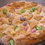 Easter Cake Mix Cookie Cake: 3ten.ca #easter #cookie #cakemix