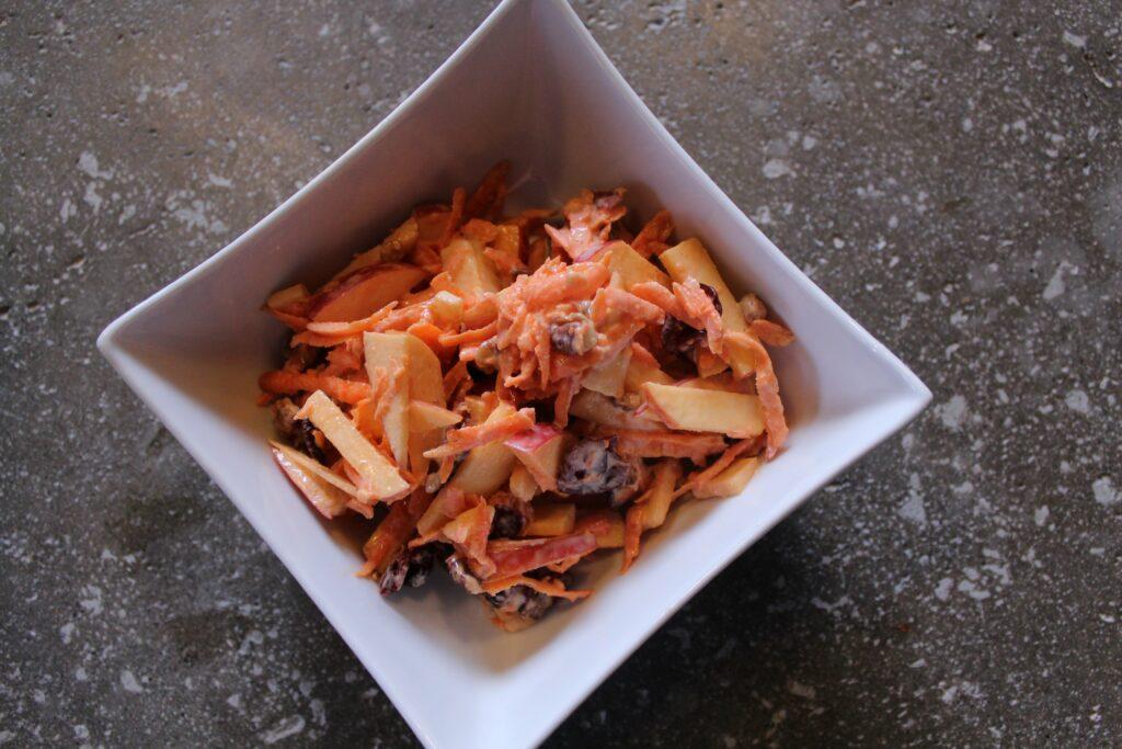 Carrot and Apple Slaw: 3ten.ca