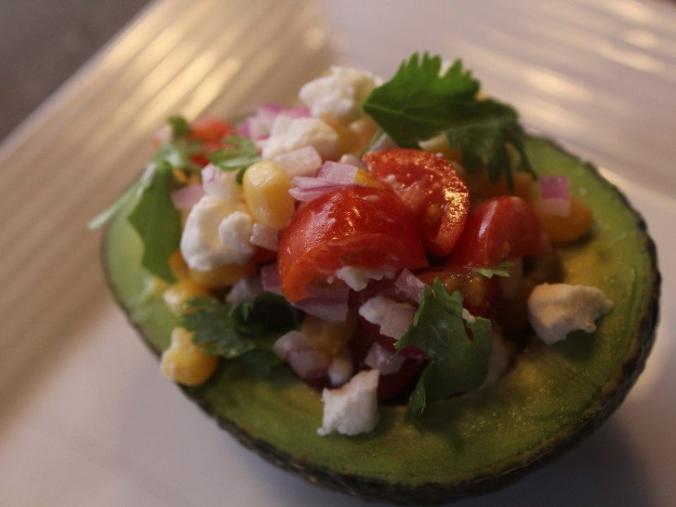 Stuffed Avocado: 3ten.ca