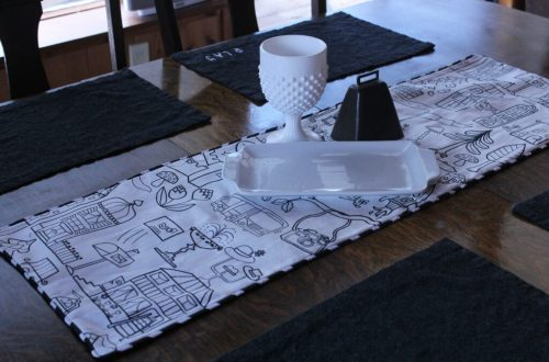Holiday Table Runner: 3ten.ca