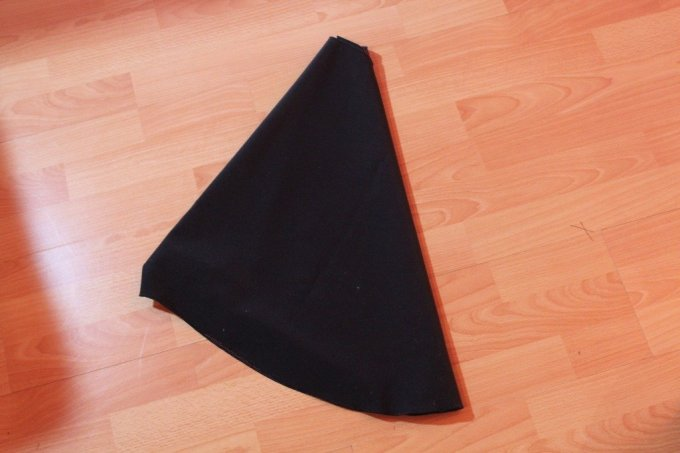 Tree Skirt: 3ten.ca