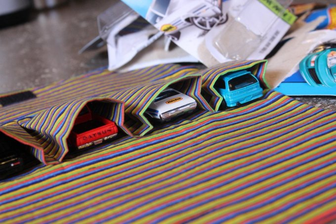 Hot Wheel Car Garage: 3ten.ca